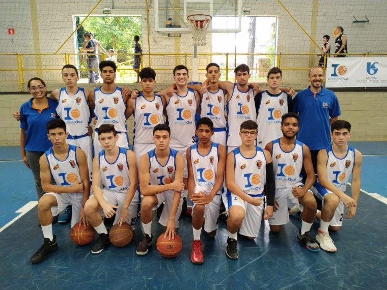Franca estreia com vitórias na Liga Regional de Basquete